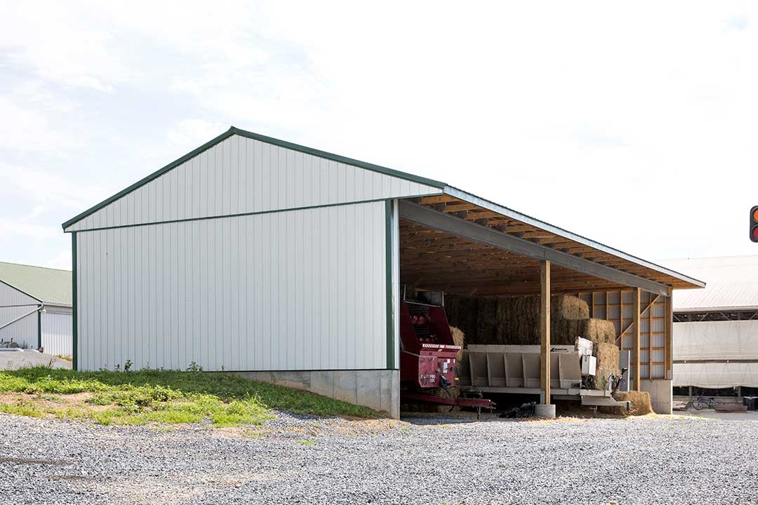 30 39 x 70 39 hay shed womelsdorf pa creekview construction for Hay pole barns